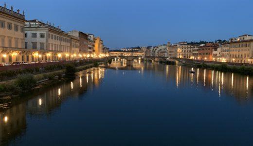 ◆夏のフィレンツェにはクラシコなコットンスーツが粋◆