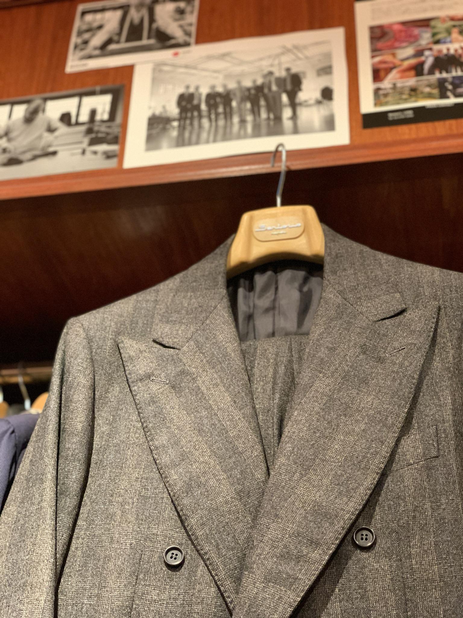 正統な紳士服を嗜むvol.48〜中庸なナポリ仕立てサルトリオ
