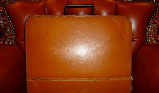 【バレクストラ valextra】レザー本革アタッシュケースPREMIER 橙