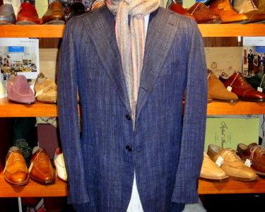 【オラツィオルチアーノ ORAZIO LUCIANO】シルクリネン絹麻ネップ織り生地ネイビージャケット 52